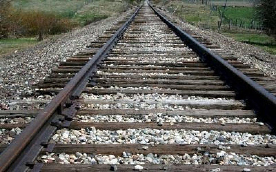 Eden izmed rezervnih projektov na področju železniške infrastrukture, ki so opredeljeni v operativnem programu, je tudi nadgradnja železniške proge Dolga Gora - Poljčane.