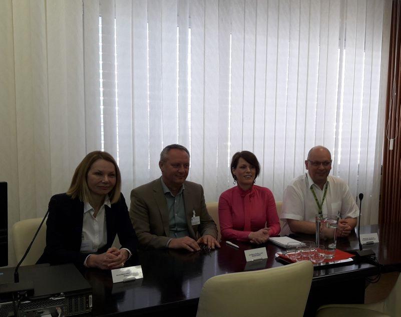 Direktorica Milena Kramar Zupan z najožjimi sodelavci