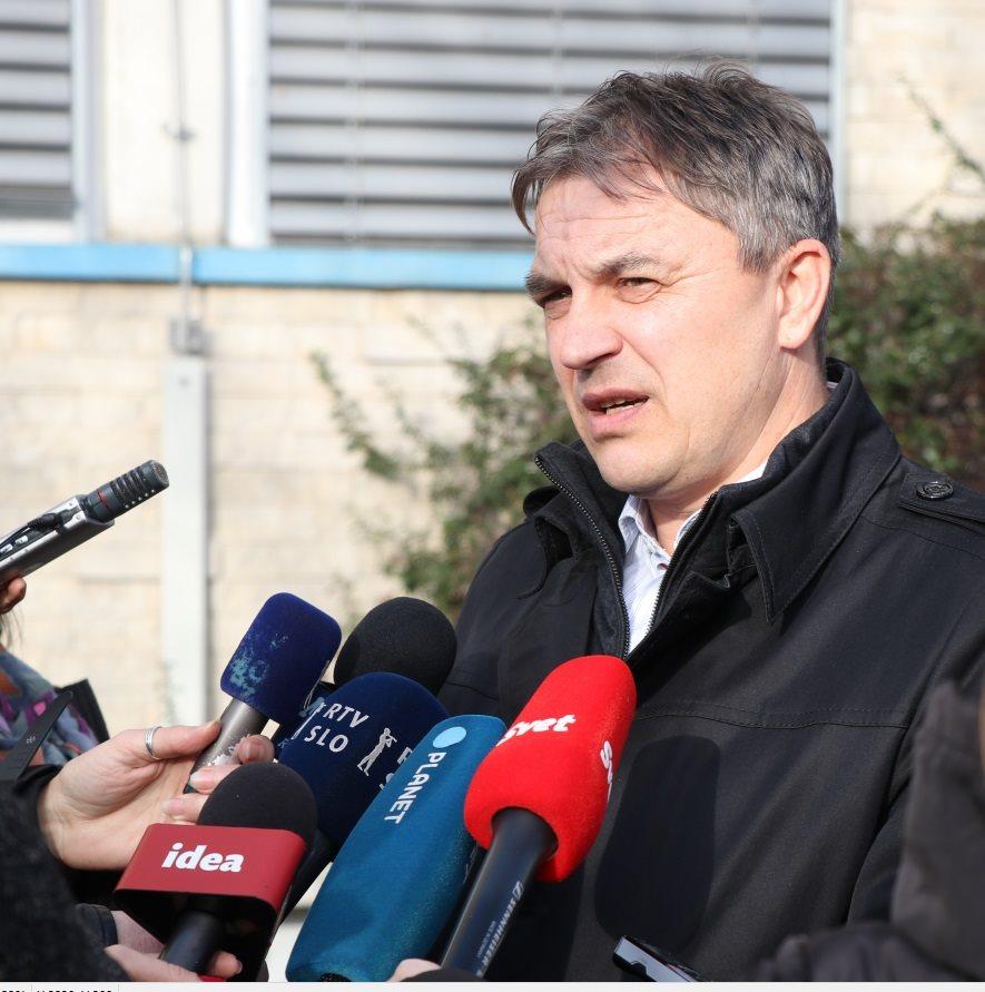 Pred novinarje je stopil Bojan Rous, vodja Sektorja kriminalistične policije Policijske uprave Murska Sobota