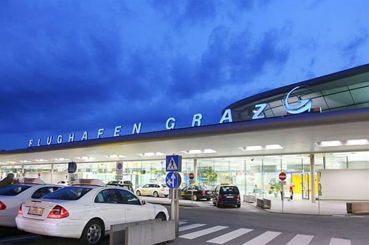 letališče Gradec