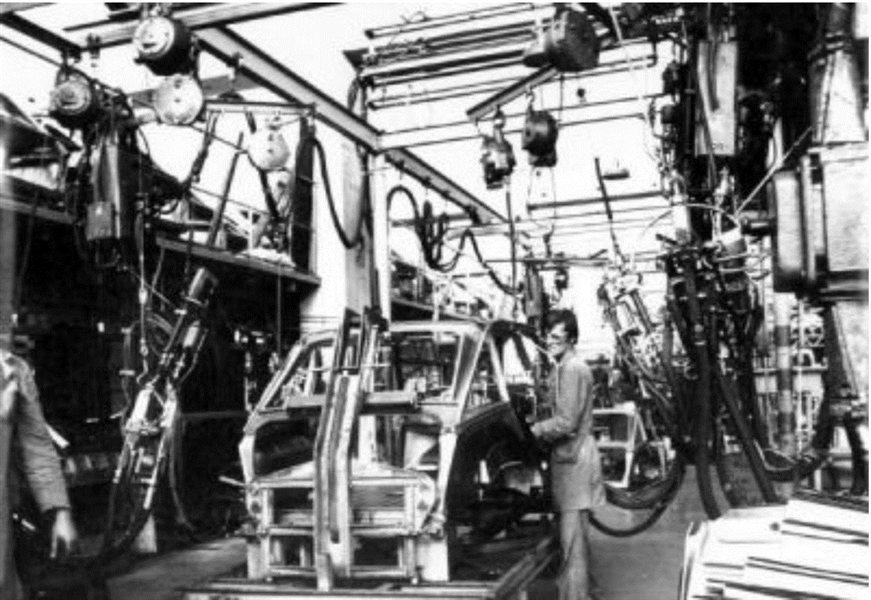 Uspešna zgodba o koprskem Citroenu se je začela že v zgodnjih sedemsetih, ko je bil del avtomobilskega programa tovarne Tomos in kasneje podjetja Cimos.