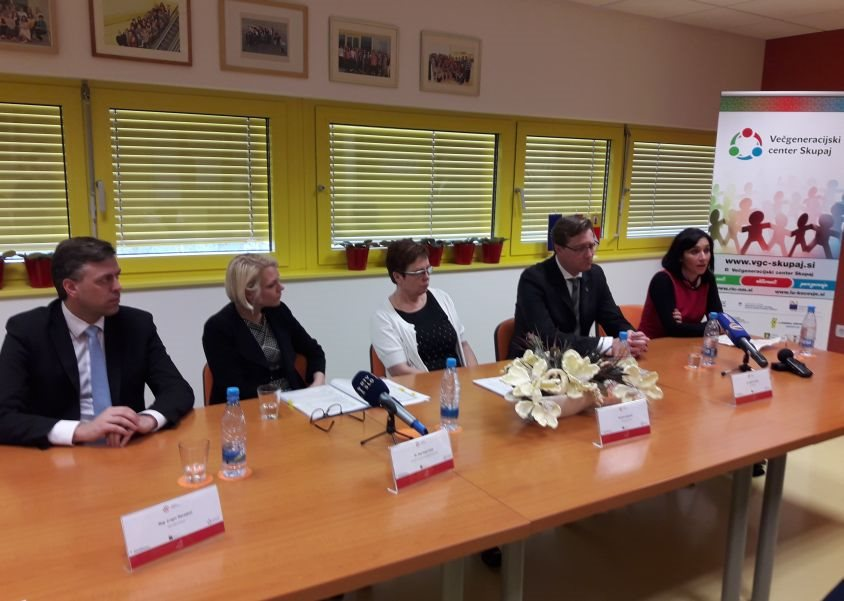 Ministrica Anja Kopač Mrak v Novem mestu