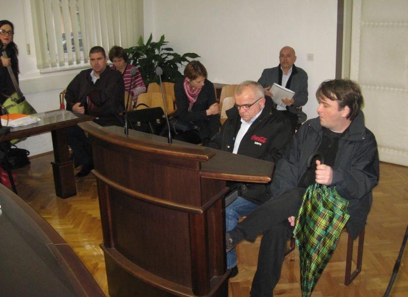 Mihajlo in Zdravko Čule na sodišču v Krškem.