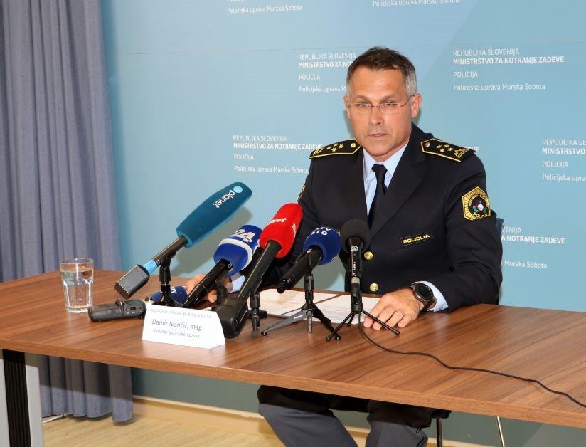 Foto: Informacije o aktivnostih policije v povezavi z včerajšnjim ropom je predstavil Damir Ivančić, direktor Policijske