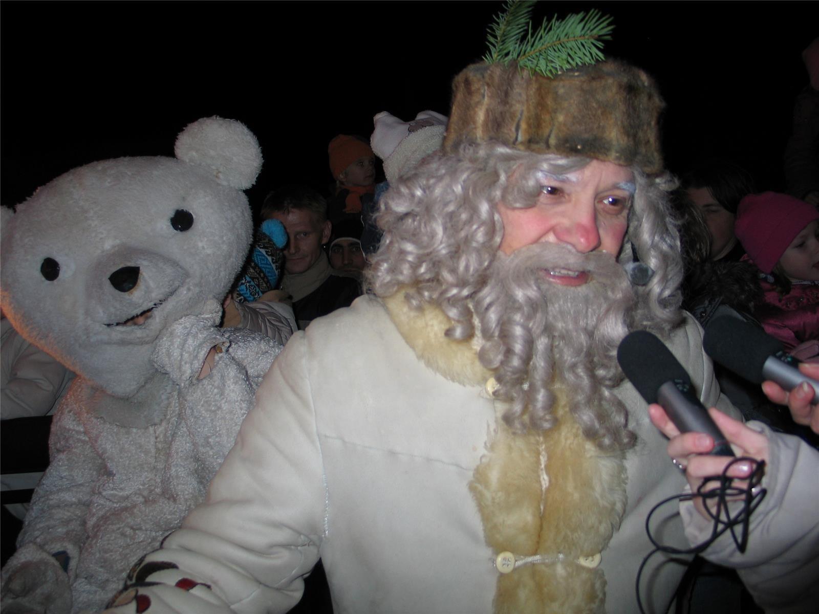 Najprej Božiček in  nato še slovo dedka Mraza.