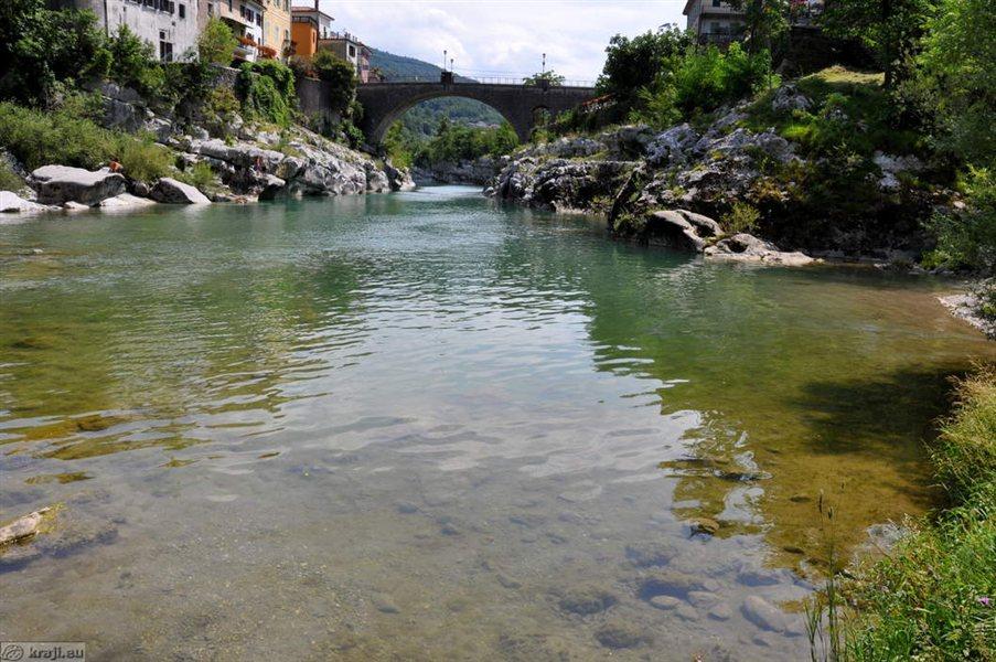 Italijanska politika je prepričana, da se na slovenski strani meje ne splača graditi še ene čistilne naprave.