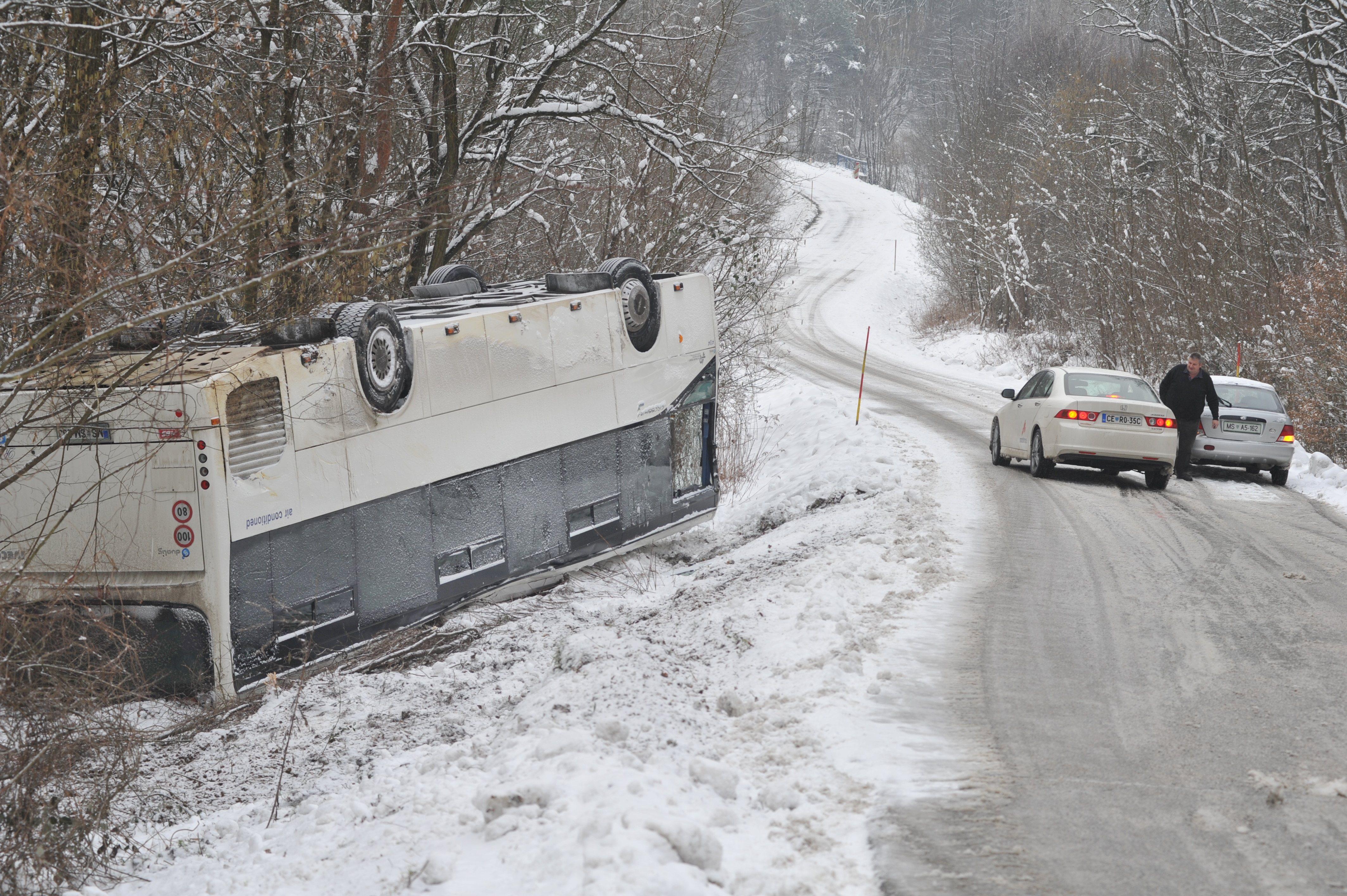 Nesreča avtobusa na Goričkem.