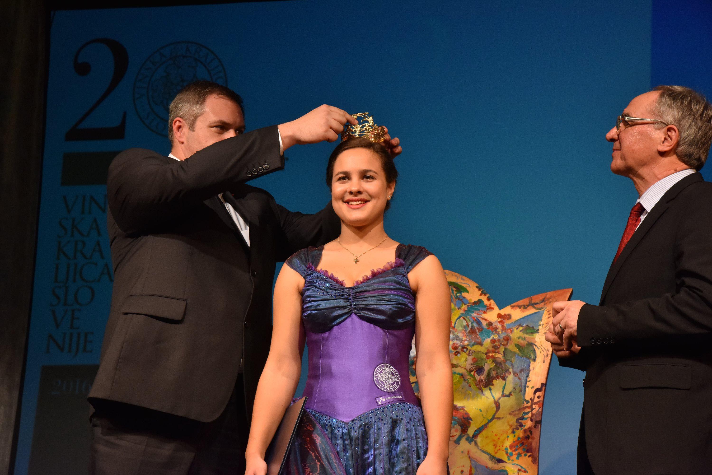 Jubilejna 20. Vinska kraljica Slovenije je postala Sara Stadler