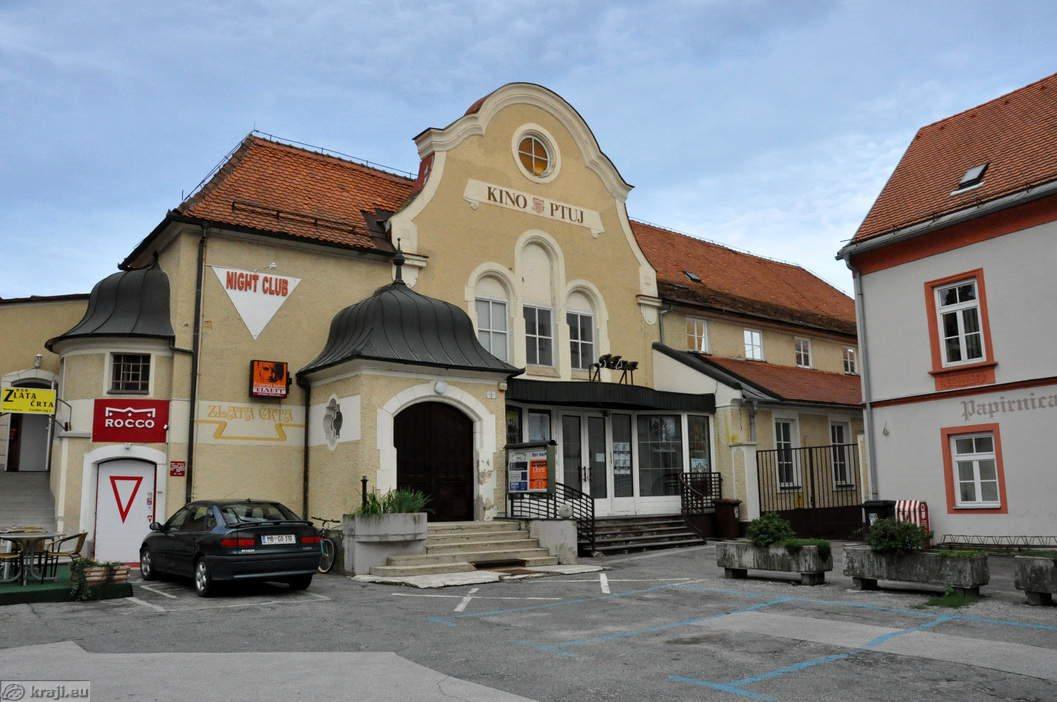 Ptujski kino je v isti zgradbi že 120 let