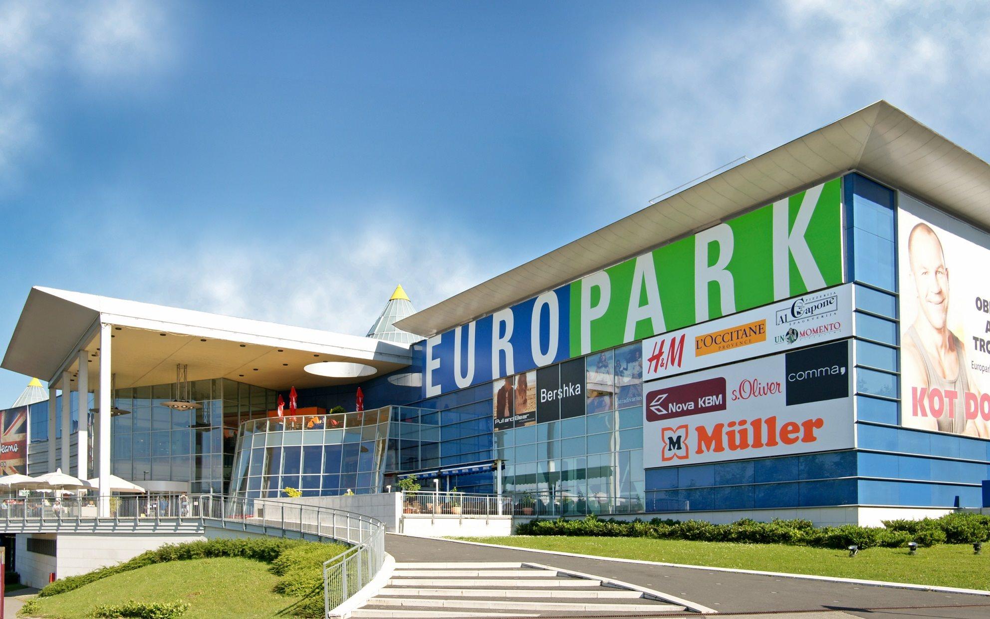 Europark bo zaprt na dan praznika in tudi v nedeljo. V soboto opravite nakupe.