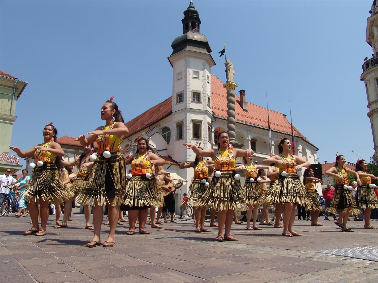 Folkart je predhodnik Festivala Lent.