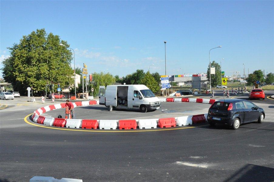 Mestna občina Koper obvešča vse občanke in občane ter obiskovalke in obiskovalce Kopra, da bo zaradi prireditve ob občinskem prazniku v soboto, 14. maja veljal spremenjen prometni režim