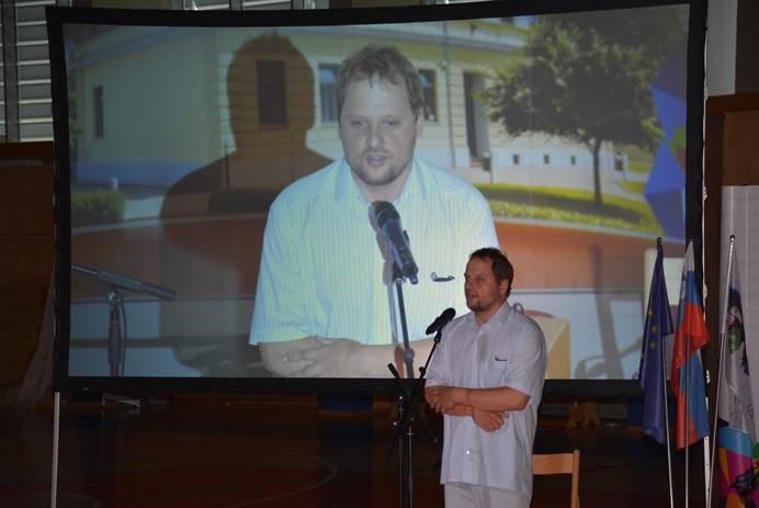 Zbrane je nagovoril predsednik Kluba prleška akademija in nekdanji dijak ljutomerske gimnazije dr. Matej Mertik