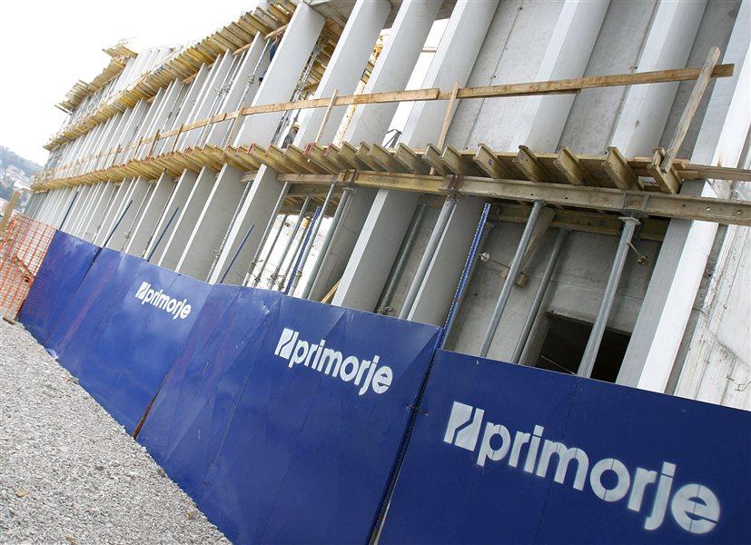 Primorje je eno najboljših gradbenih podjetij z referencami in vprašanje je, kdo bo sploh še lahko gradil vse infrastrukturne projekte, ki jih potrebuje država in ki so skupno vredni okoli 11 milijard evrov.