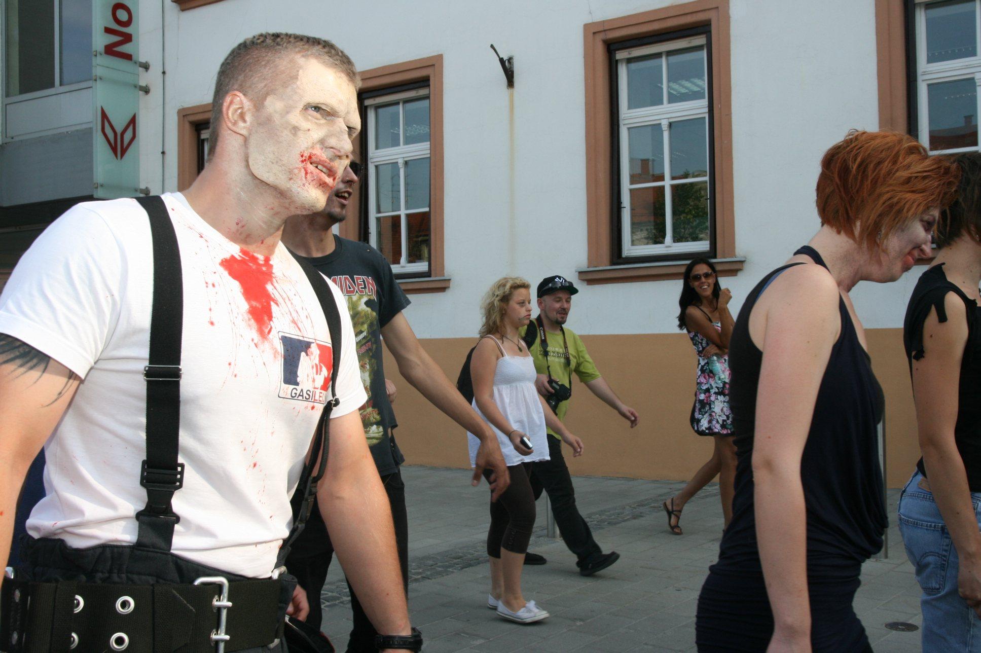 Zombi parada v Ljutomeru.