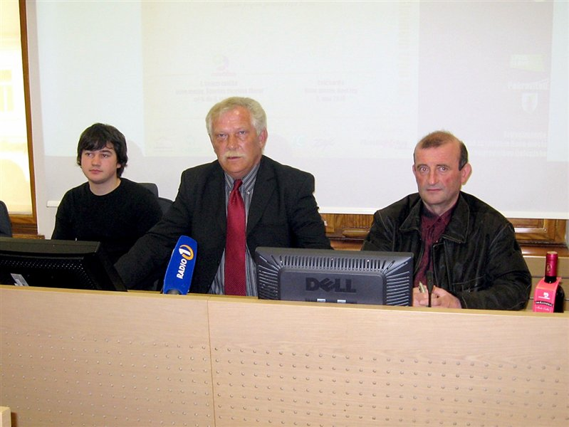 Tiskovna konferenca