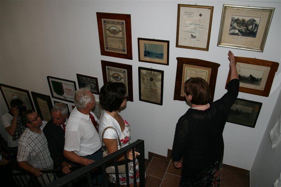 Muzej reje ljutomerskega kasač in prirejanja kasaških dirk v Ljutomeru.