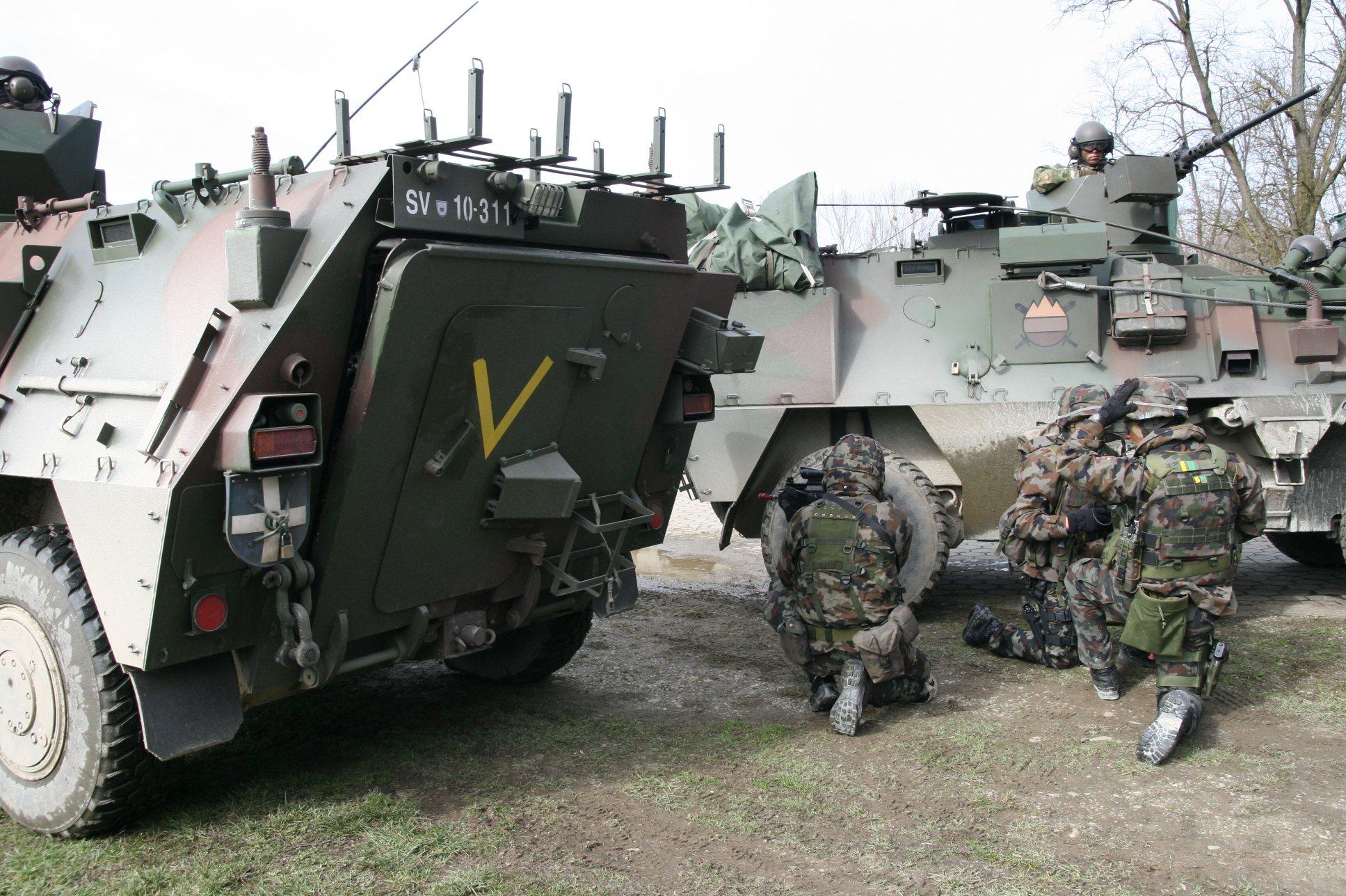 Vojaki so bili aktivni na terenu.