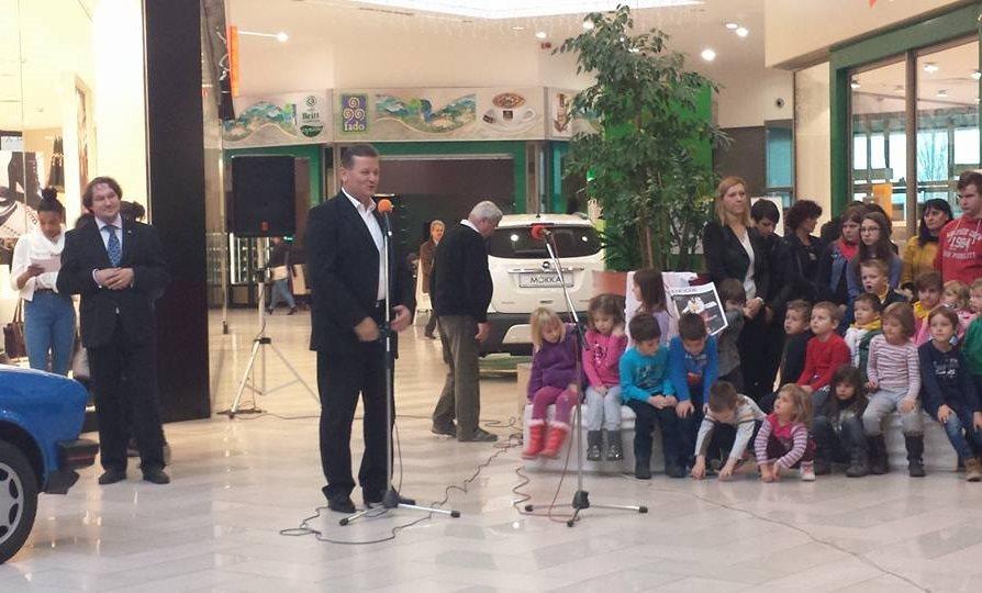 Zbrane je na 19. Festivalu Izum pozdravil tudi soboški župan Aleksander Jevšek; foto: IZUM