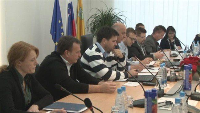 Največ nezadovoljstva je v Podravju zaradi neuspešnih načrtov projekta celovite oskrbe s pitno vodo.