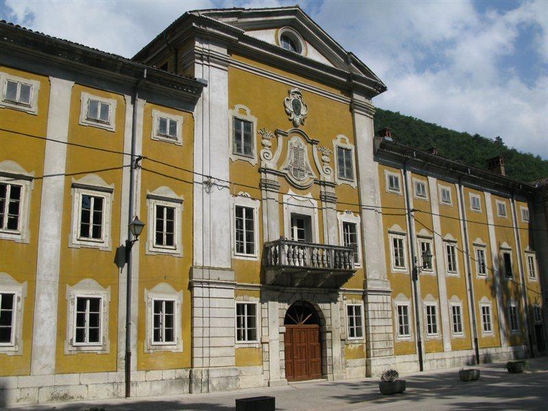 Lanthierijev dvorec