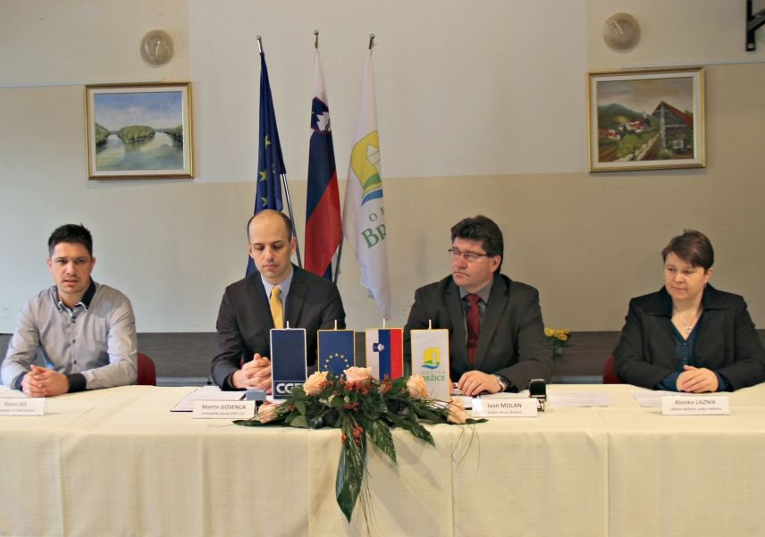Franc Les, Martin Gosenca, Ivan Molan in Alenka Laznik z Občine Brežice