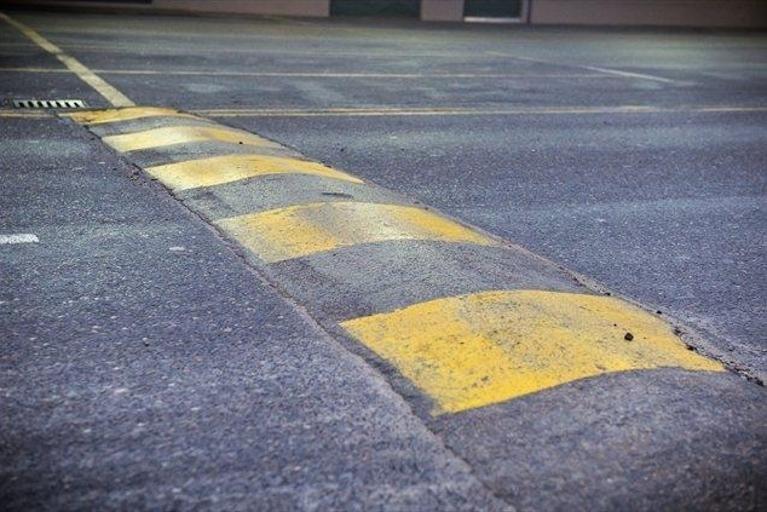 V Mariboru imamo med drugim 16 montažnih ovir v obliki grbin.