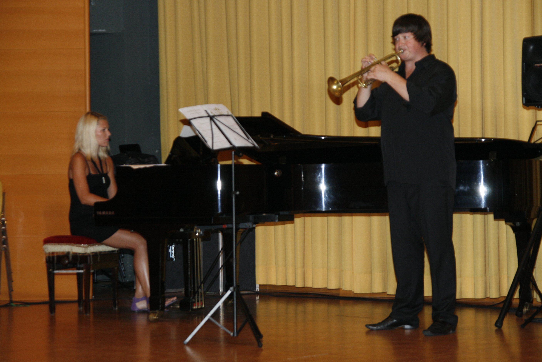 Na uvodnem koncertu so se v Radencih predstavili profesorji glasbe.