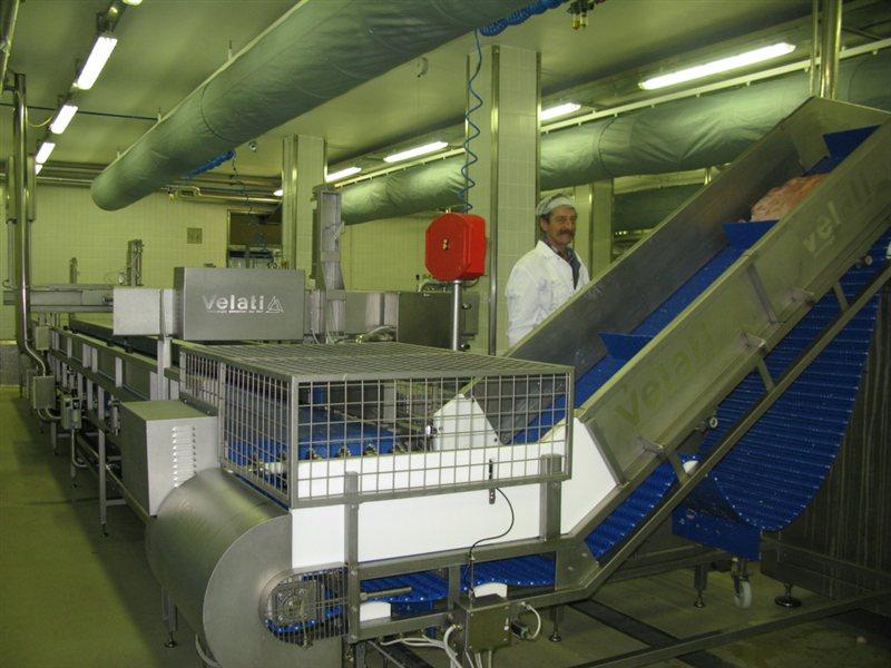 Predstavniki turškega podjetja so stečajnega upravitelja spraševali predvsem, ali je na voljo delovna sila, ki bi bila pripravljena nemudoma začeti s proizvodnjo mesa.
