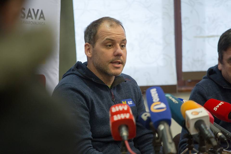 Pripravljeni smo na vse, gremo naprej,  je dejal vodja tekmovanja Mitja Dragšič.