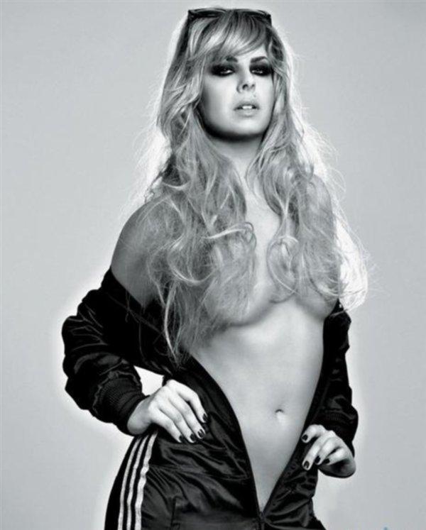 Neisha v Playboyu