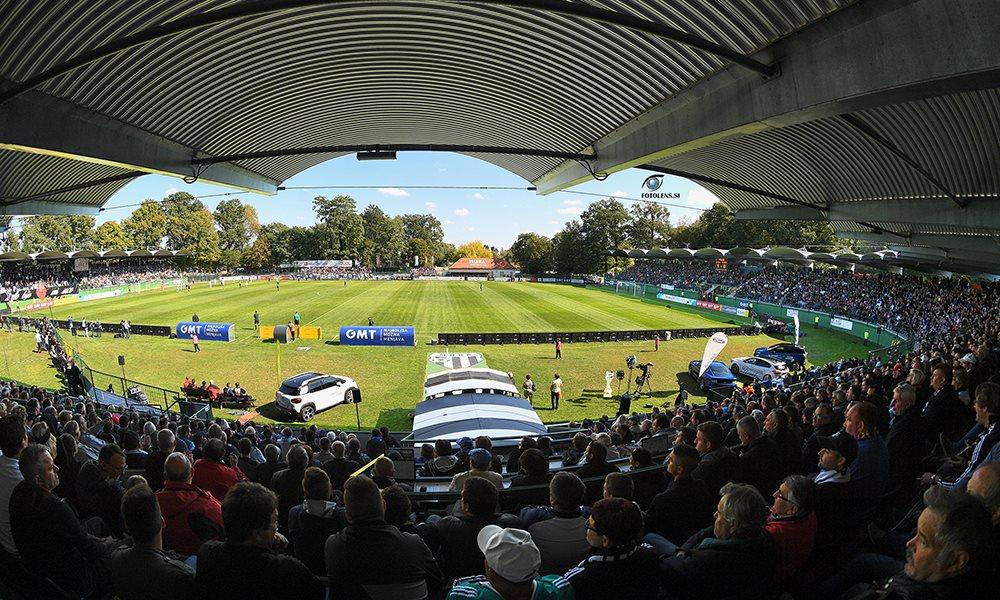 Polne tribune v Fazaneriji na tekmi z Mariborom (september, 2018); foto: Aleš Cipot/fotolens.si