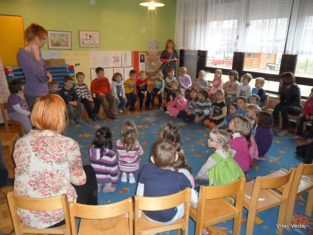 Na Ptuju je sicer otroško varstvo organizirano v javnem zavodu Vrtec Ptuj.