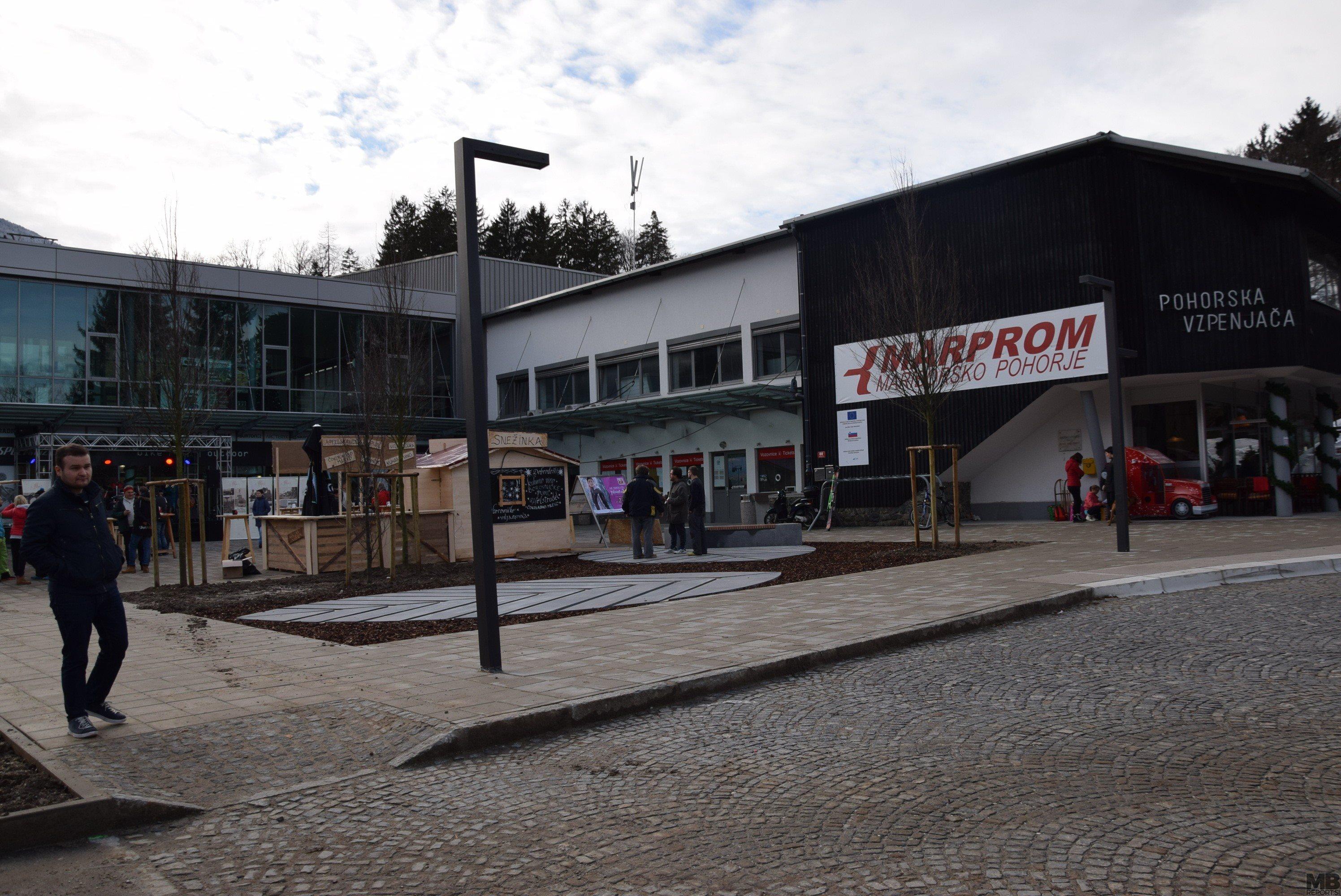 Celovita prenova avtobusnega postajališča in spodnje postaje vzpenjače.