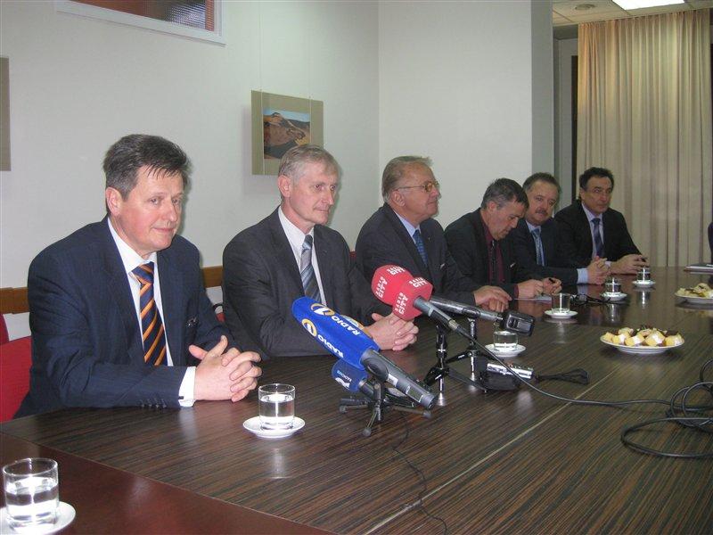 člani odbora