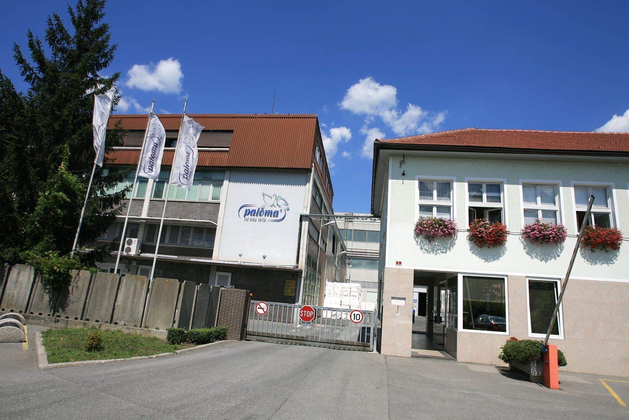 Paloma je prodana poljskemu Abrisu.