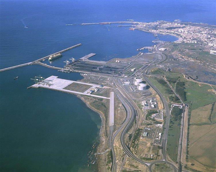 Plinski terminal