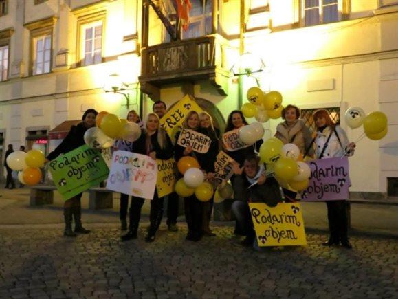 V Mariboru bo akcija potekala v petek, 23. decembra, ob 16.30 uri na Glavnem trgu.