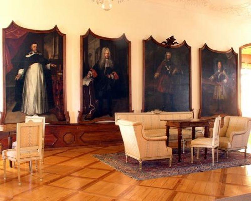 Pokrajinski muzej Ptuj - Ormož vabi družine, da med zimskimi počitnicami obiščejo muzejske zbirke na ptujskem gradu.