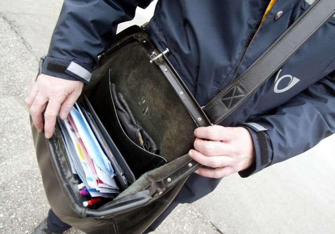 Pošte in bančne  poslovalnice obiščite le v nujnem primeru.