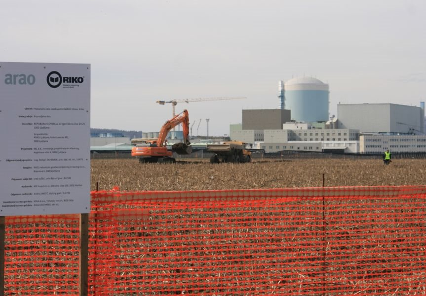 Pripravljalna dela za gradnjo odlagališča se končno začenjajo.