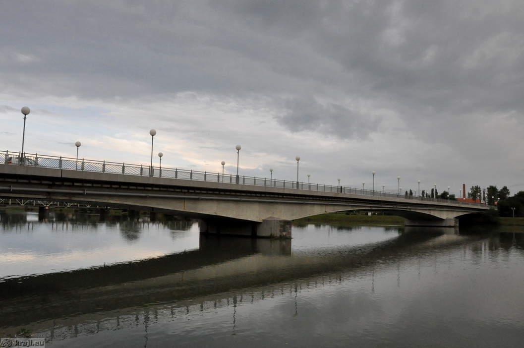 Po sedanjih podatkih bodo most čez Ptuj, ki ga dnevno prevozi okoli 15.000 vozil, najverjetneje zaprli 15. junija.