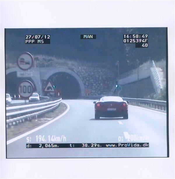 Policisti so Italijana izmerili pred predorom Cenkova