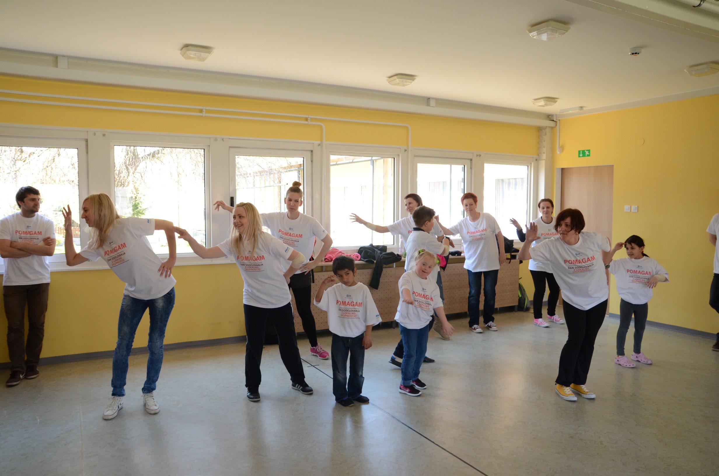 S plesom so polepšali dan otrokom DOŠ II Lendava
