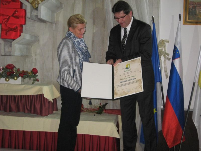 Zdenka Močnik in brežiški župan Ivan Molan