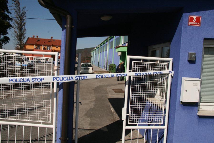 Policija na trgoavtu