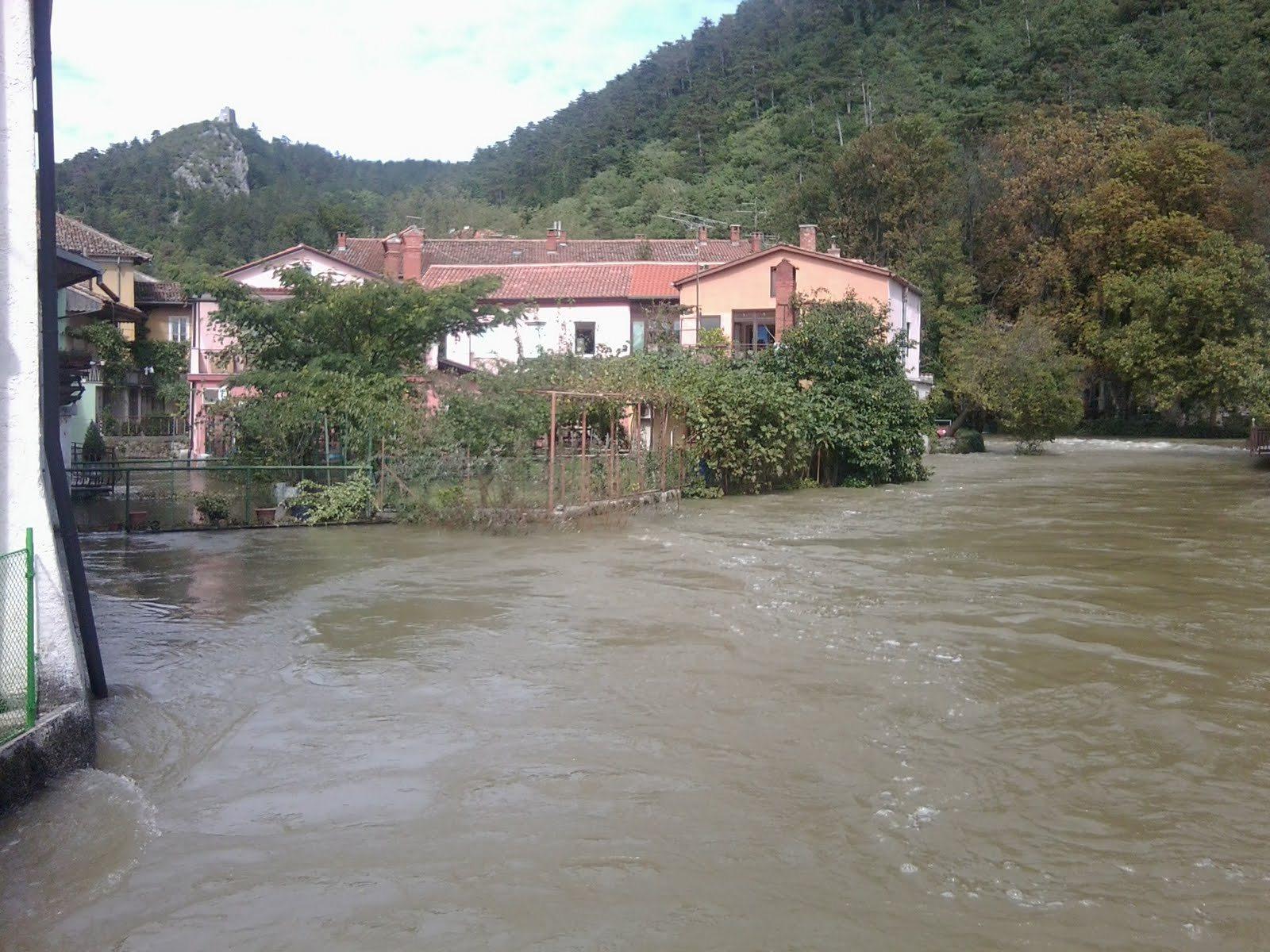 poplavljena Vipava