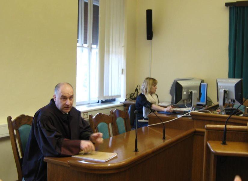 Odvetnik Igor Smolej
