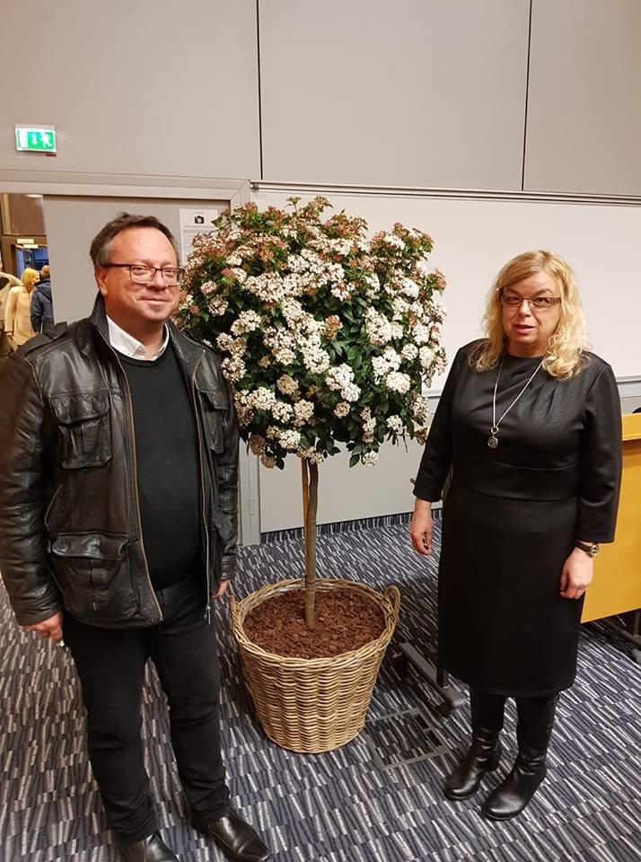 Hortikulturno društvo praznuje 150 let delovanja. S predsednikom Borut Ambrožič na podelitvi že 56. zlate vrtnice.