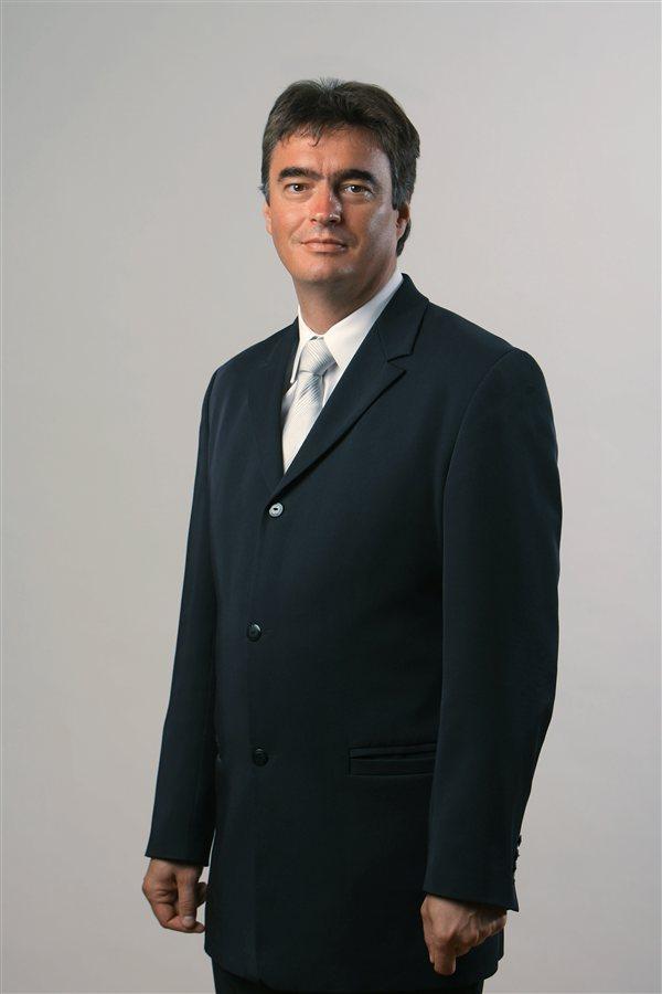 Kandidaturo za predsednika bo danes vložil Milan Zver!